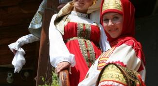 Как сшить русский костюм