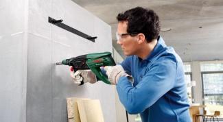 Как просверлить отверстие в бетоне