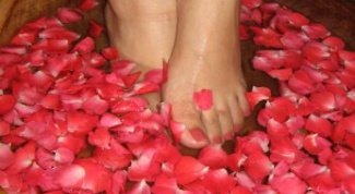 How to soften toenail