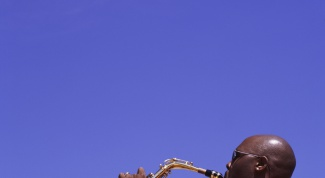 Как научиться играть на саксофоне