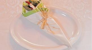 Как складывать салфетки красиво на стол