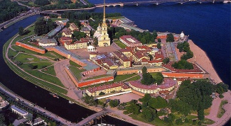 How to get in line for an apartment in Saint-Petersburg