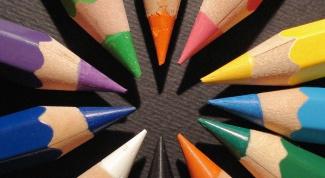 Как выучить с ребёнком цвета