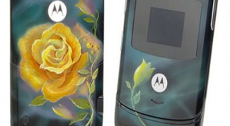 How to paint a phone