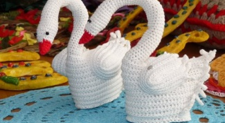 How to knit the swans