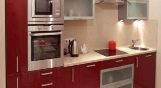 Как оформить маленькую кухню