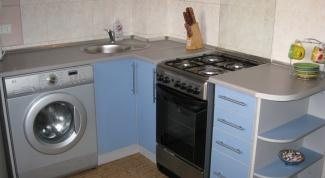 Как разместить мебель в маленькой кухне