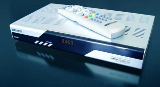 How to connect satellite receiver to computer