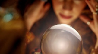 How to ask for help to psychics