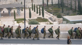 How to get into the army of Israel