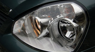 How to disassemble headlight priors
