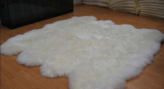 How to wash sheepskin