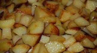 Как пожарить картошку в духовке
