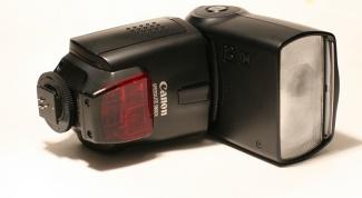 Как выбрать вспышку для фотоаппарата