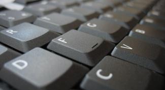 Как разобрать клавиатуру ноутбука