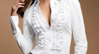 How to whiten the blouse