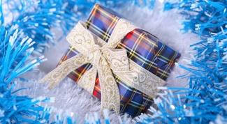 Как сделать новогодние украшения из бумаги