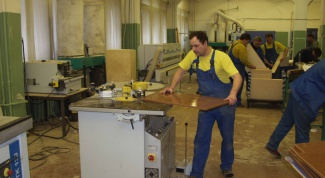Как организовать производство мебели