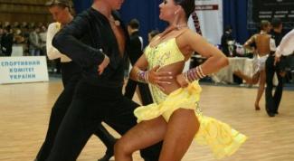 Как танцуют самбу бразильцы и бальники в 2017 году