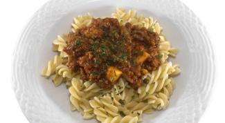 How to cook macaroni with tushenkoj