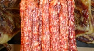Как очистить колбасу
