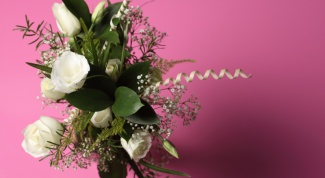 Как оформить букет цветов