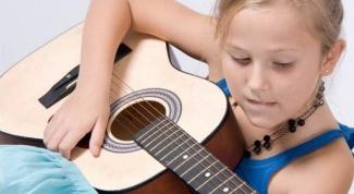 Как выбрать аккустическую гитару