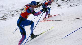 Как намазать лыжи парафином