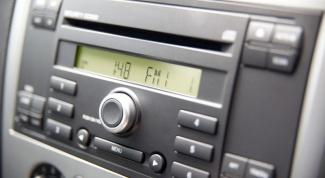 How to set the radio clock