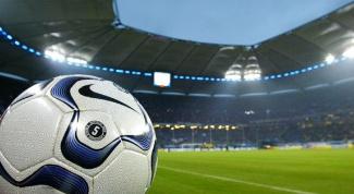 Как зашить футбольный мяч