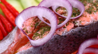 How to cook salmon steaks in the oven