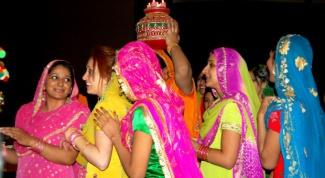 Как надеть индийское сари