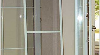 How to install the mosquito net to the plastic window