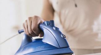 Как очистить поверхность утюга