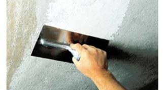 Как заделать потолочный шов