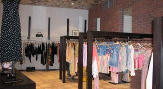 Как оборудовать магазин одежды