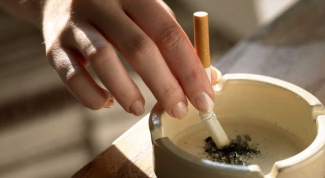 Как восстановить голос после курения