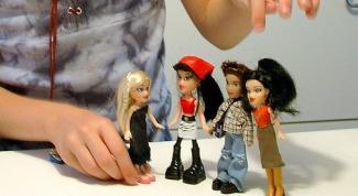 сшить одежду куклам Братц