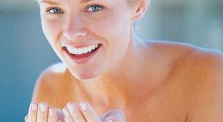 Как очистить жирную кожу