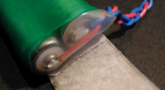 Как припаять батарейку