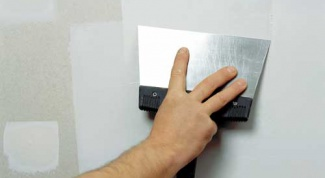 How to plaster over plaster