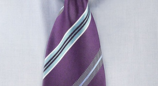Как гладить галстук