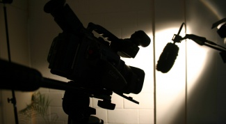 Как найти режиссера
