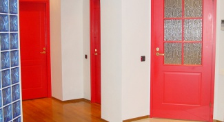 How to paint interior door