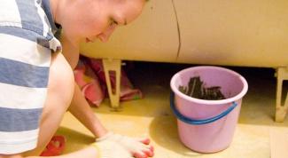 Как поклеить плитку в ванной