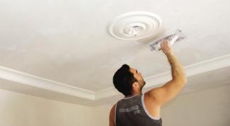 Как заштукатурить потолок