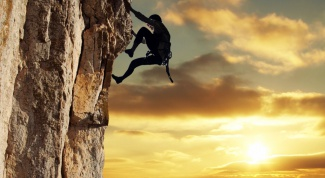 Как забираться на скалу