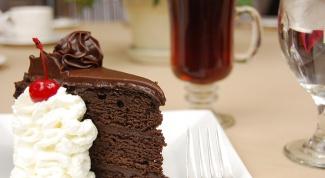 Как испечь шоколадный торт