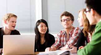 Как организовать курсы языков