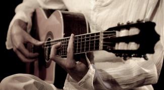 Как настроить аккустическую гитару